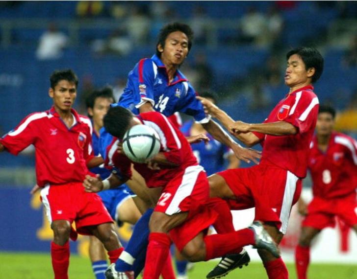 Myanmar gặp Thái Lan AFF Cup 2004