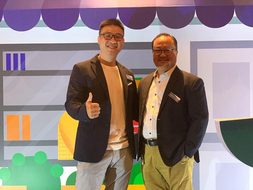 Ông Laevis Nguyễn -Giám đốc công ty South Edge Digital và ông Nguyễn Ngọc Dũng, Phó Chủ tịch Hiệp hội Thương mại Điện tử Việt Nam (VECOM)