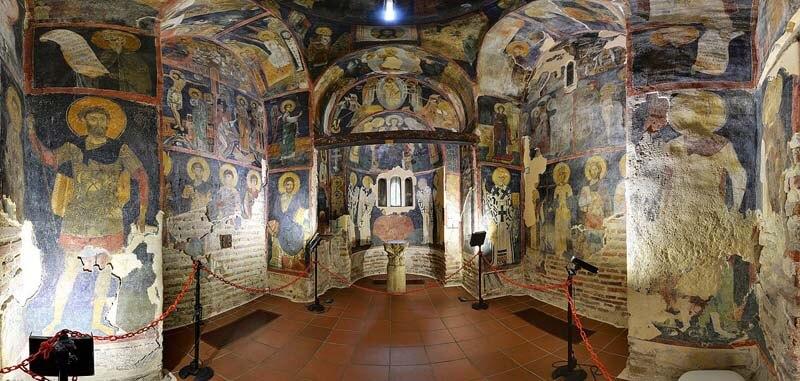 Nằm ở vùng ngoại thành của thành phố Sofia, thánh đường Boyana là một trong những di tích lịch sử còn vẹn nguyên từ thời trung cổ của đất nước Bulgaria.