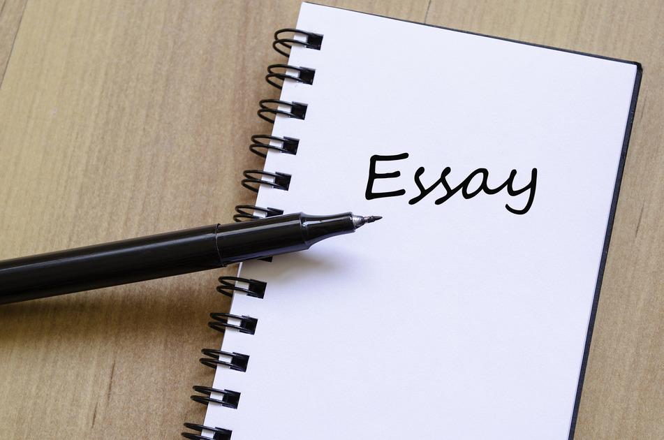 Bài luận (essay) là một trong những yếu tố rất quan trọng quyết định sự thành công của bộ hồ sơ xin học bổng.