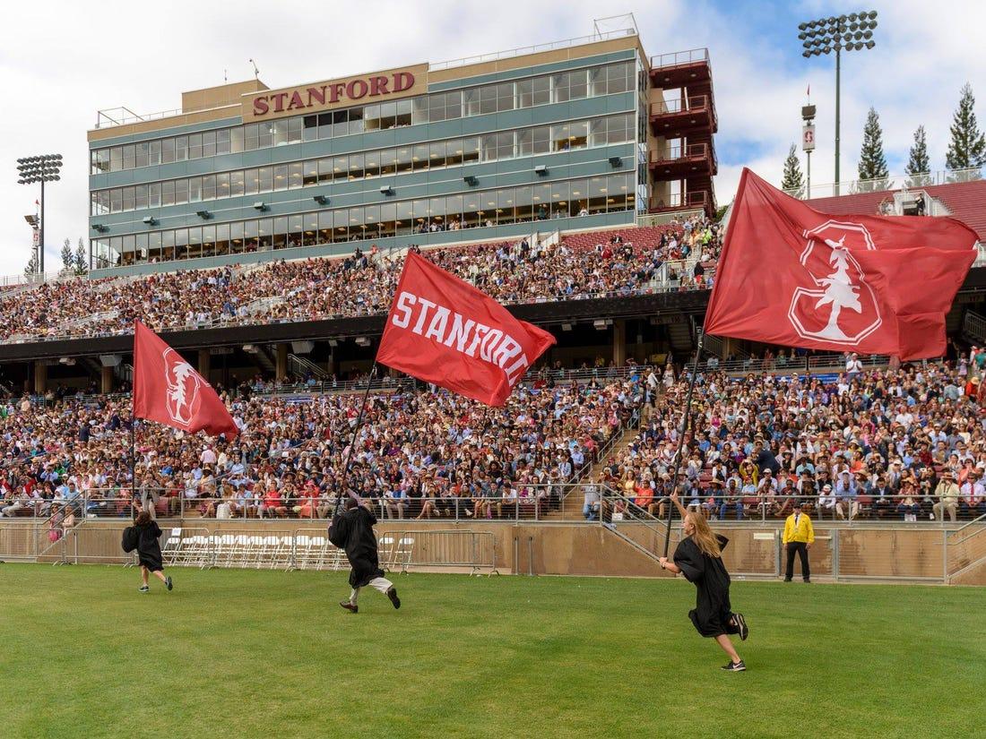 Một trận bóng của đại học Stanford