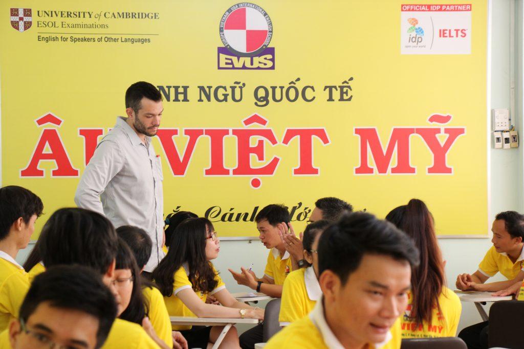 Một lớp học của Âu Việt Mỹ
