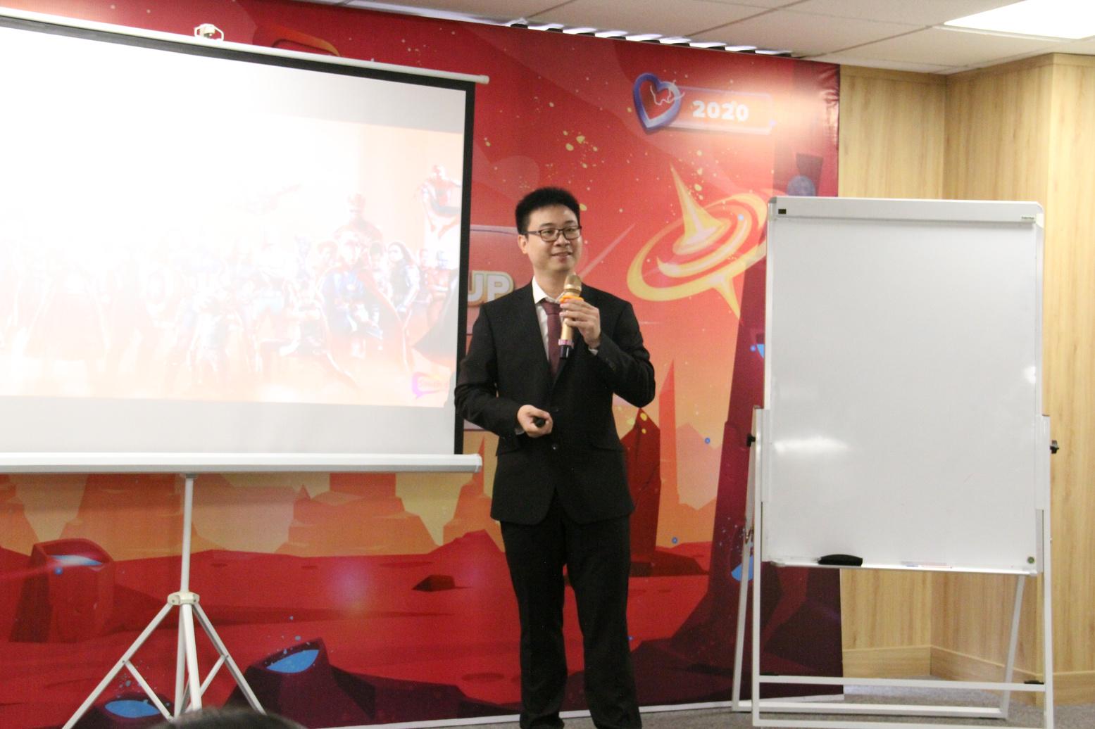 Anh Laevis Nguyễn chia sẻ tại sự kiện